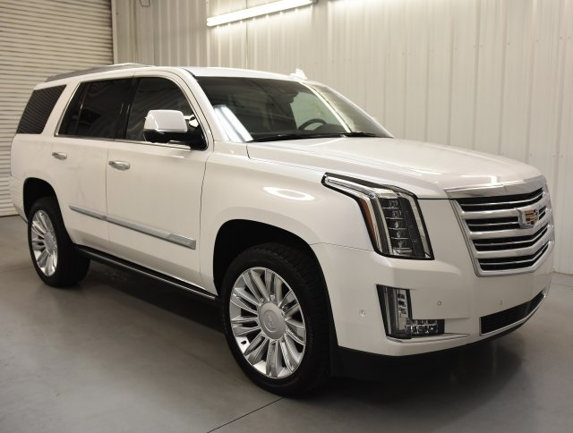 New 2020 Cadillac Escalade Platinum Edition With Navigation 4wd